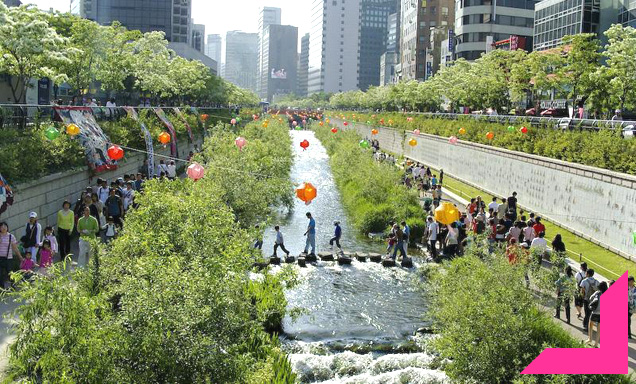 Seoul Removes Highway and Restores River Beneath
